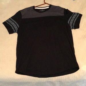American Rag- T-Shirt